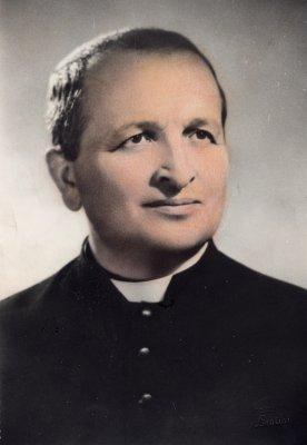 Don Dino Torreggiani